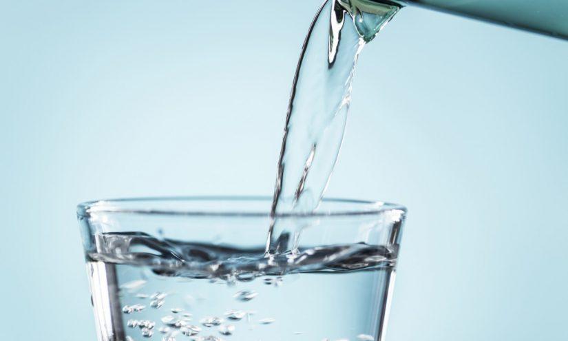 Acqua fresca per dissetare la sete estiva