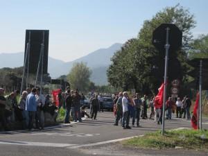 forestali_in_corteo_bloccato_per_ore_lo_svincolo_fisciano_universita