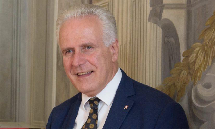 Foto per capire chi è Eugenio Giani
