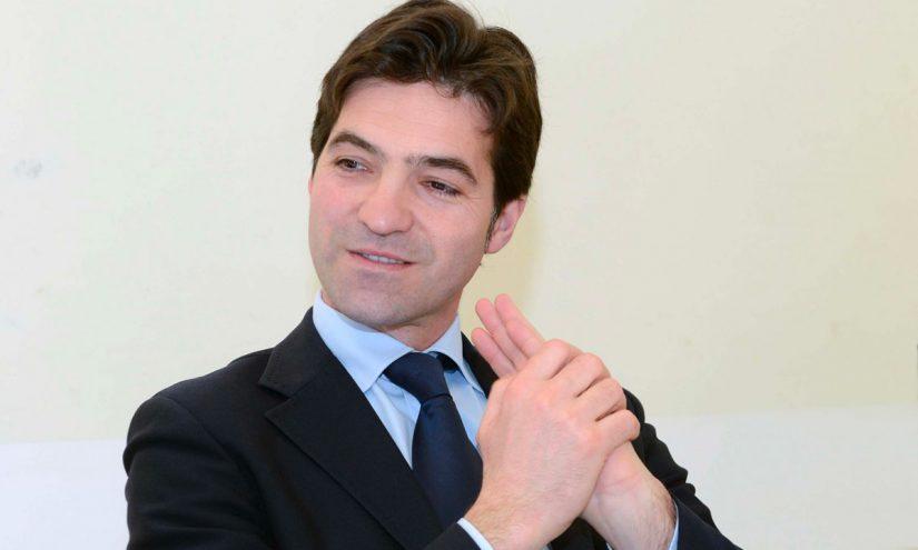 Foto per capire chi è Francesco Acquaroli