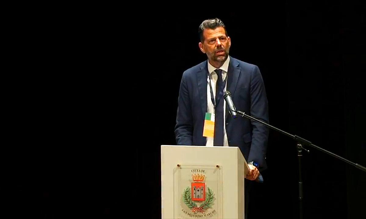 Foto per capire chi è Maurizio Mangialardi