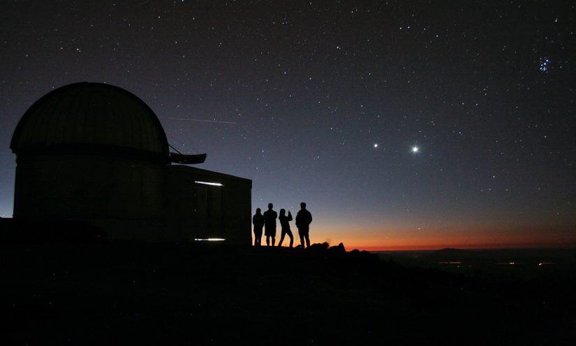 Dove vedere le stelle cadenti in cielo la notte di San Lorenzo