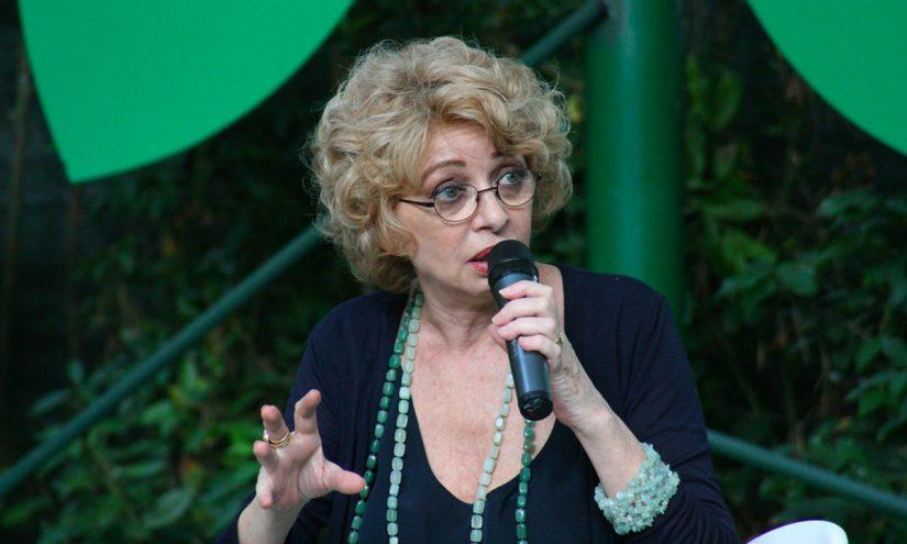 Foto per capire chi è Enrica Bonaccorti